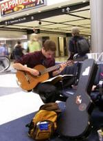 Guitarguy2_1